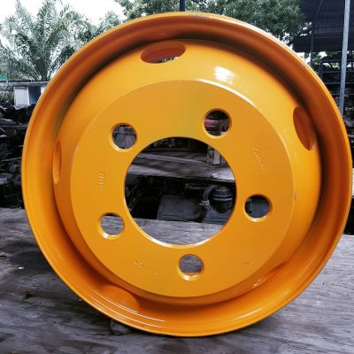 5 Bolt Tubeless Rims Stud hole: 32mm Size: 17.5 X 6.00