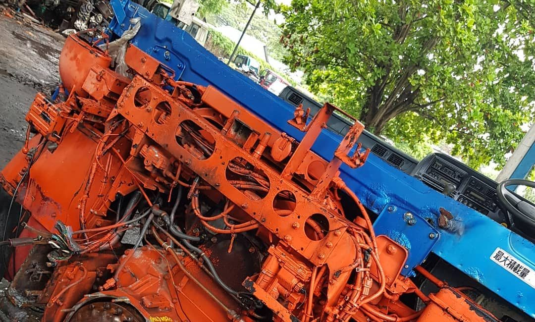 Cut GE13 (440ps) Common Rail Engine With Semi Auto Transmission
